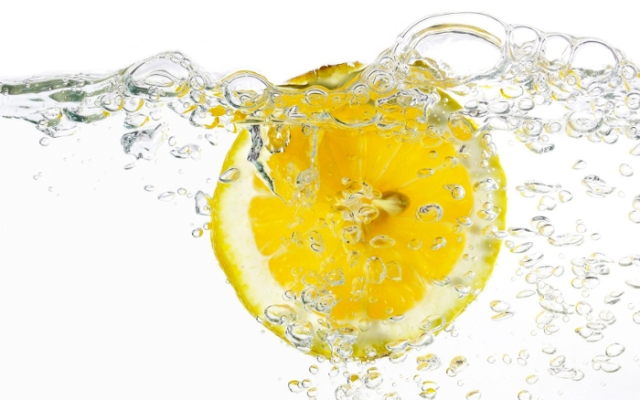 health-benefits-of-drinking-lemon-water.jpg